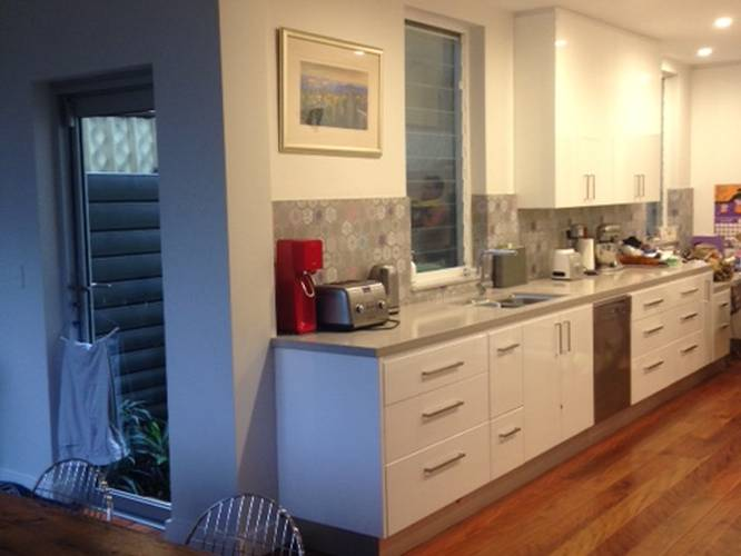 ... Modern Kitchen ...